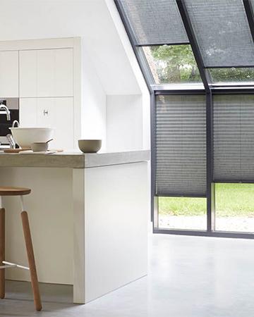 Beste Schuine ramen? Kies voor deze raamdecoratie - mrwoon-raamdecoratie.be KJ-91
